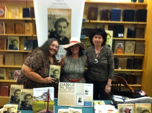 Northeast Arkansas Writers Linda Nance and Donna Watkins  supportive writers